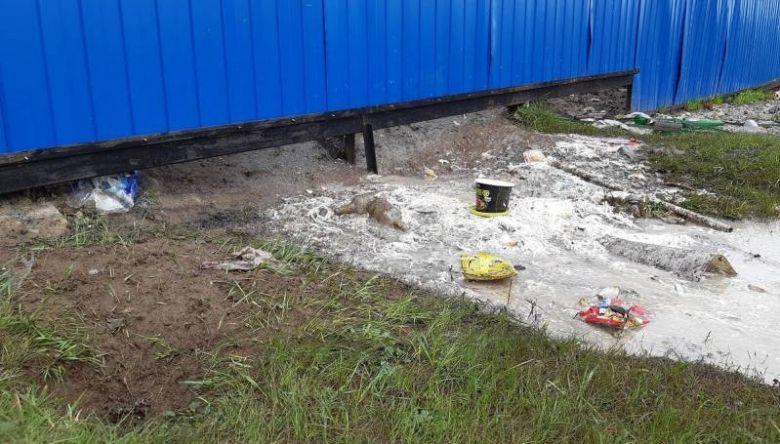 Китайский резидент индустриального парка Кангалассы сливал сточные воды за забор