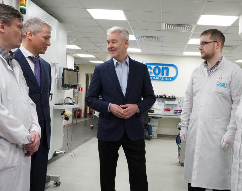 Собянин присвоил статус якорного резидента технопарка двум инновационным компаниям